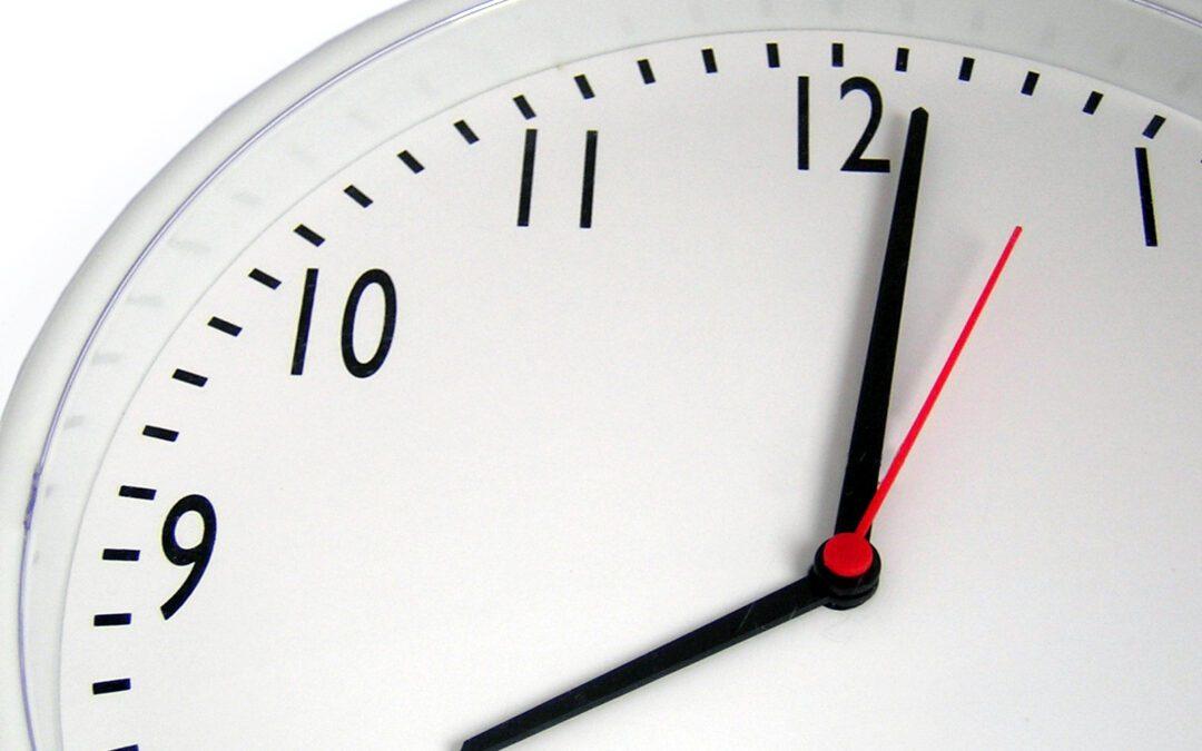 clock at 8 oclock